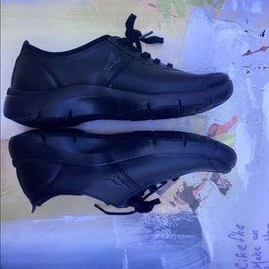 Dansko Sedona Elise Black Leather Oxford Shoes